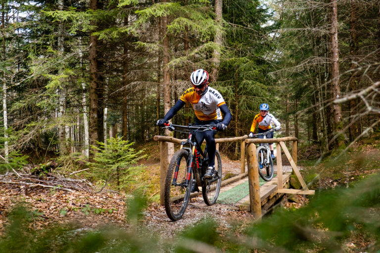 Nachwuchs Biker (BSO Bikeclub Sense-Oberland) Bike Parcours Hapferen Plaffeien